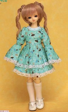 MSD Easy Long Sleeve Lolita Dress Tutorial by AliceInCraftyland, $5.90
