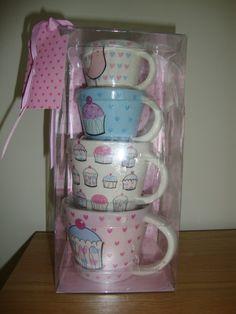 Cupcake measuring cups