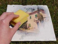 Wanddeko selber machen. Superleicht Fotos auf Holz übertragen. Wie es geht, seht Ihr hier: https://www.ernstings-family.de/blog/2015/06/wanddeko-selber-machen/