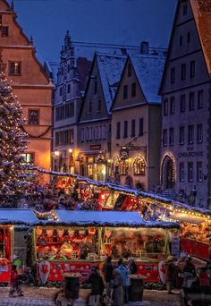 Christmas market Rothenburg ob der Tauber, Germany.  Oh be still my heart.