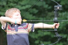 The biggest problem of how to aim a bow and make the perfect and neat mark on the target is solved now. Read on to find out the secret!