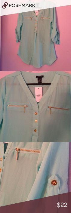 Turquoise blouse✨ NWOT New from store, long and 3/4 sleeves Forever 21 Tops Blouses