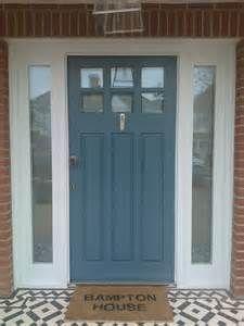 cottage front door s victorian cottage front doors uk Cottage Front Doors, Front Door Porch, Exterior Front Doors, House Front Door, Exterior House Colors, Entrance Doors, Exterior Shutters, Front Windows, Exterior Paint