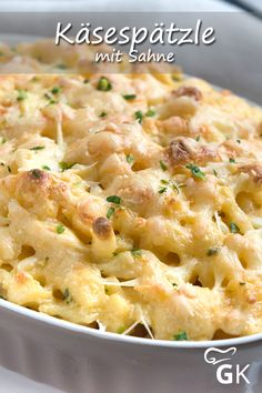 Hearty cheese spaetzle with cream and a lot of cheese taste simply unbeatable . Recipes Breakfast Video, Dinner Recipes, Vegetarian Recipes, Cooking Recipes, Healthy Recipes, Healthy Food, Dinner On A Budget, Food Categories, Budget Meals