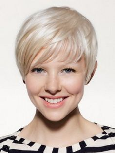 Modern Hot Short Hairstyles Ideas for young girl 2
