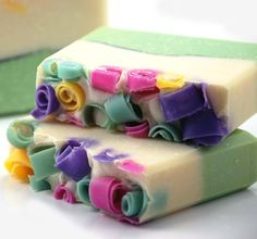Im in love with homemade soaps!!!
