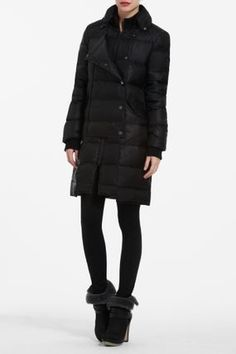 $500 NEW BCBG MAXAZRIA Black Quilted Nylon Beckett Flared Hem Down Coat Small