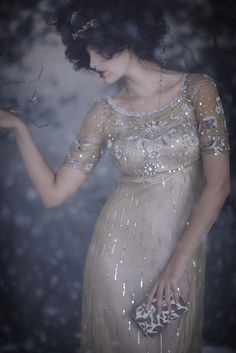 in-the-middle-of-a-daydream:     BHLDN vintage-inspired dress MUST HAVE!!!!