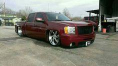 Bagged n painted n round bar rear n front fenders Bagged Trucks, Lowered Trucks, Dually Trucks, Gm Trucks, Lifted Trucks, Chevy Trucks, Pickup Trucks, Gmc Sierra Crew Cab, Dropped Trucks