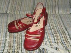 vintage red leather  Mary Janes Giraudon  by Linsvintageboutique, $31.50