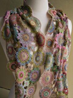 http://inspirations-tricot-crochet.blogspot.com/2014/05/inspirations-crochet-sophie-digard.html