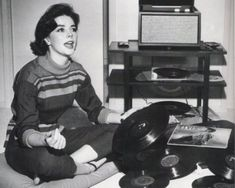 Famous people hanging out with their vinyl | Natalie Wood with her Elvis record | Vintage Vinyl