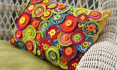 Crafts n' things Weekly - funky pinwheel pillow