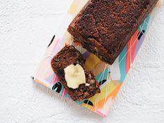 Date & Walnut Loaf Recipe Loaf Recipes, Baking Recipes, Keto Recipes, Healthy Mummy Recipes, Healthy Foods, Date And Walnut Loaf, Date Bread, Sticky Date Pudding, Tasty Bread Recipe