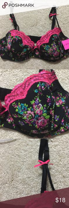 Betsey Johnson Lace Bra  NWT  34C Pretty hot pink lace trim and black lightly padded floral Betsey Johnson bra. Hot pink ribbon  Accents. Underwire. 34C Betsey Johnson Intimates & Sleepwear Bras