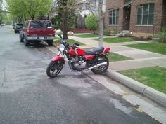 saw the first motorcycle i ever owned this morning, the venerable xj550rj