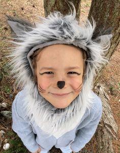 Costume de loup gris avec capuche fourrure et une queue !