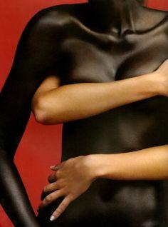 Arjowiggins skin paper Photo Koto Bolofo d Du corps et du cœur Nude Photography, Human Photography, Conceptual Photography, Fashion Photography, Black Is Beautiful, Absolutely Gorgeous, Simply Beautiful, Erotic Art, Human Body