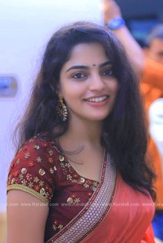 nikhila-vimal-latest-saree-images-0912-381 Photograph of Nikhila Vimal HAPPY INTERNATIONAL FAMILY DAY!! STAY BLESSED WITH YOUR WONDERFUL FAMILIES!! #FAMILYDAY PHOTO GALLERY  | PBS.TWIMG.COM  #EDUCRATSWEB 2020-05-14 pbs.twimg.com https://pbs.twimg.com/media/EYAJFKPVAAExmZu?format=jpg&name=360x360
