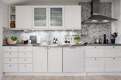 Scandinavian Kitchen, Scandinavian Interior, Kitchen Sets, Kitchen Hacks, Kitchen Backsplash, Kitchen Cabinets, Decoration, Storage Spaces, Home Kitchens
