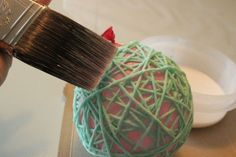 Hemp String Process - Summertime just makes everything feel lighter and brighter and fresher. Which makes this Hemp String Process a perfect project for a summe. Rainy Day Activities For Kids, Sewing Projects, Projects To Try, Diy Bebe, Fix You, Decoration, Hemp, Garland, Make It Yourself