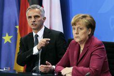 """""""Bomba"""" Merkel sull'Europa. Italia fuori dalla moneta unica"""