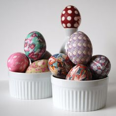 I hate coloring easter eggs, they never turn out awesome. We will try this this year. Craft store here we come!