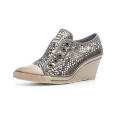 OMG haha! These are so awesome! Silver Snake skin sneakers! Britt 400 Wedge Sneaker Pewter, $41, now featured on Fab.