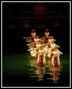 Water puppet- an exclusive art only in Vietnam Have you ever heard about Vietnamese water puppet show? What do you know about this performing art? http://visa2vietnam.blogspot.com/2014/04/water-puppet-exclusive-art-only-in.html
