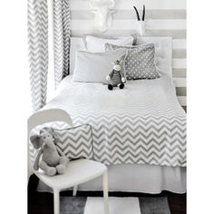 Did I mention I LOVE Chevron pattern :)   Bedding Set  Everything #Chevron - #Baby & #Kid #Fashion, #Nursery #Decorating Ideas, #DIY and more