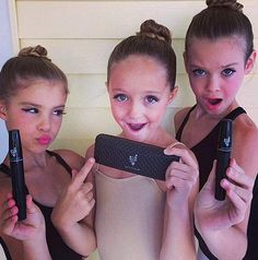 Where are my #Dance Moms, #Cheer Moms, #Gym Moms and #Pageant Moms?! Check it out! No more glue! 3D #Mascara is SAFE for your kids sensitive skin and just as dramatic! https://www.youniqueproducts.com/RYOUFabulash/