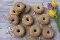 Ranteita myöjen taikinasa: Parhaat donitsit (myös gluteenittomana ja maidottomana) Bagel, Doughnut, Bread, Baking, Desserts, Food, Tailgate Desserts, Deserts, Bakken
