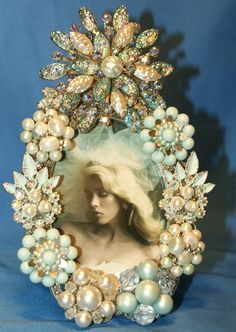 Items similar to Aqua Blue One of a Kind Jeweled Picture Frame embellished with Vintage Pearl & Rhinestone Jewelry on Etsy Vintage Jewelry Crafts, Vintage Costume Jewelry, Vintage Costumes, Antique Jewelry, Vintage Jewellery, Jewellery Shops, Jewellery Box, Silver Jewellery, Vintage Clothing