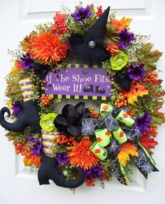 If the shoe fits-Halloween wreath-silk floral-hat and boots for fall Halloween Witch Wreath, Halloween Rocks, Cute Halloween, Holidays Halloween, Halloween Pumpkins, Halloween Decorations, Halloween Stuff, Halloween Ideas, Holiday Decorations