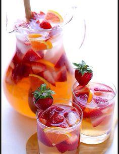 Idees de recettes d'eaux detox - Water detox fraise orange