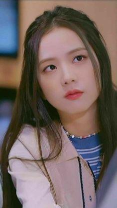 Blackpink Jisoo, Kpop Girl Groups, Kpop Girls, Korean Girl, Asian Girl, Black Pink ジス, Blackpink Funny, Blackpink Members, Lisa Blackpink Wallpaper