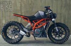"""Mi piace"": 11.5 mila, commenti: 47 - SCRAMBLERS & TRACKERS (@scramblerstrackers) su Instagram: ""⛽️Fueled by @rebelsocial | TAG: #scramblerstrackers | KTM Duke by @tonys_bike_design…"""