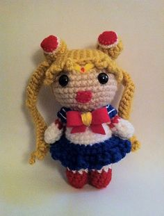 2000 Free Amigurumi Patterns: Free Sailor Moon Amigurumi crochet pattern