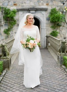 Illusion neckline sweetheart wedding dress: http://www.stylemepretty.com/little-black-book-blog/2015/11/24/fresh-classic-ireland-wedding/   Photography: Amanda Crean - http://amandacrean.com/