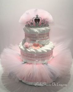 Ballerina Tutu Diaper Cake - choice of colors - great gift or centerpiece for Baby Shower - torte bebè - Baby Tips Ballerina Tutu, Ballerina Baby Showers, Baby Shower Princess, Diaper Cake Centerpieces, Baby Shower Centerpieces, Little Princess, Vintage Diaper Cake, Princess Diaper Cakes, Gateau Baby Shower