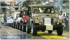 Jeep assembly line 2005 Jeep Wrangler, Assembly Line, Us Vets, Custom Jeep, Jeep Models, Jeep Truck, Jeep Wrangler Unlimited, Trucks, Jeeps