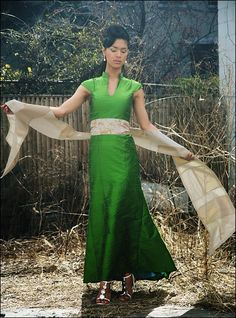 Mandarin collar green dress