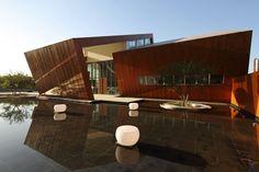 Vanke Orange City Sales Center / Sunlay Design Group Via archdaily.com