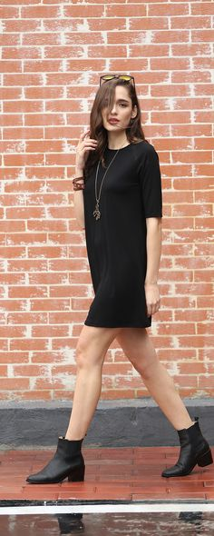 Simple is also fashion.Get this simple casual shift short dress from romwe.com.Taste the beauty of design!