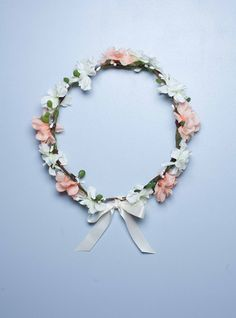 Couronne de fleurs bohème idéale demoiselle d'honneur - Pêche Lucy - English Garden #couronnedefleur #tete #fleur #pêche #mariage #pretty #hair #boho