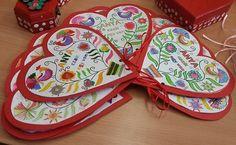 Szívből szívesen... - Mesés gyöngyök 8 Martie, Spring, Techno, Crafts For Kids, Origami, Rainbow, Heart, Google, Saint Valentine