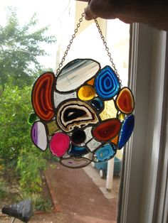 Sun Catcher, Glass Ornaments, Wind Chimes, Stained Glass, Outdoor Decor, Ideas, Home Decor, Decoration Home, Room Decor