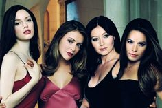 THE POWER OF FOUR HALLIWELL SISTERS CHARMED FOREVER. I TOOK A TEST & I'M PIPER HALLIWELL
