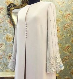 Muslim Dresses, # Muslim Platforms … – Best Of Likes Share Abaya Designs, Blouse Designs, Burqa Designs, Abaya Fashion, Fashion Dresses, Basic Fashion, Fashion Tips, Muslim Long Dress, Abaya Mode
