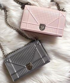 ideas fashion design room nyc for 2019 Hermes Handbags, Fashion Handbags, Fashion Bags, Leather Handbags, Nyc Fashion, Fashion Design, Luxury Bags, Luxury Handbags, Diorama Bag